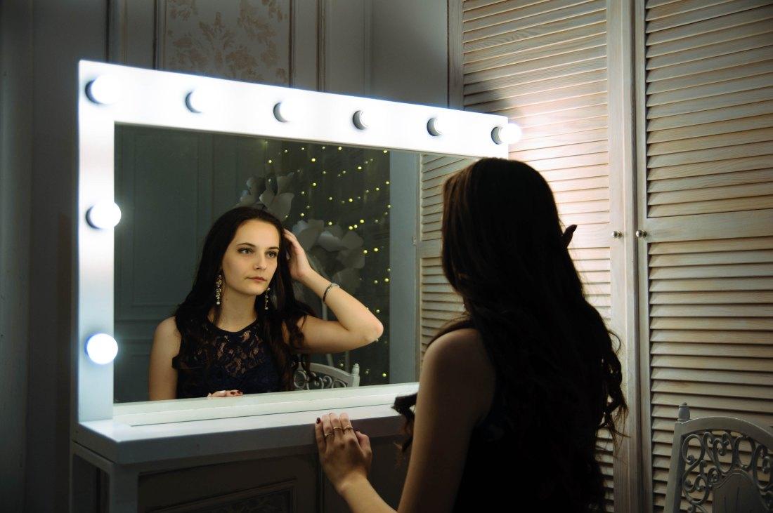 Self-esteem, Self-compassion, Self-indifference? Erraticus Image by Oleg Sergeichik