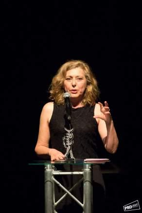 Asunción Fernández Rodal recibiu o Premio Mulleres en Acción da Mostra de Cangas. Foto: Pro Light Estudio.