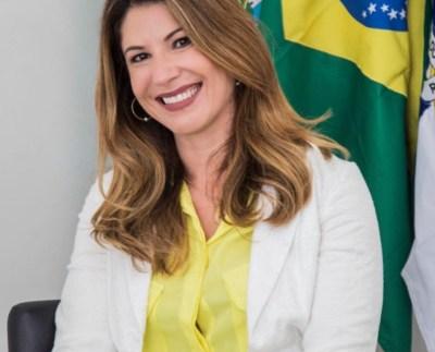 Manoela Peres