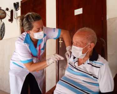Vacinação idosos Maricá