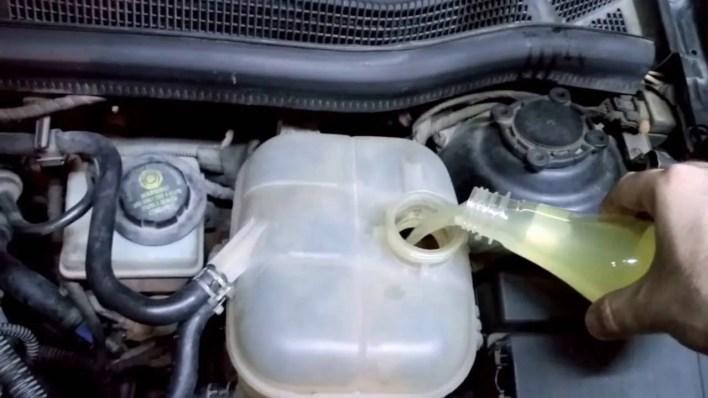 Araç motor suyu neden eksilir? Su Eksiltmesinin Nedeni Ne Olabilir?