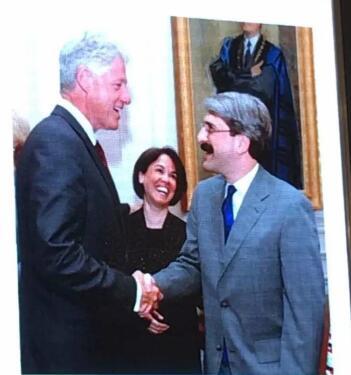 美国前总统克林顿亲切接见苏必德教授