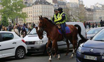 Paris (79)