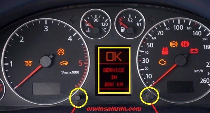 Audi A6 Dashboard -Service in KM appear