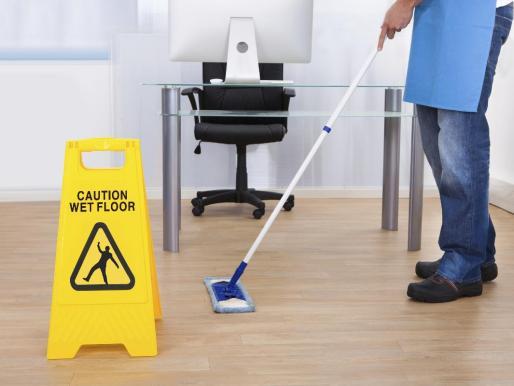 ile można zarobić na sprzątaniu biur ?