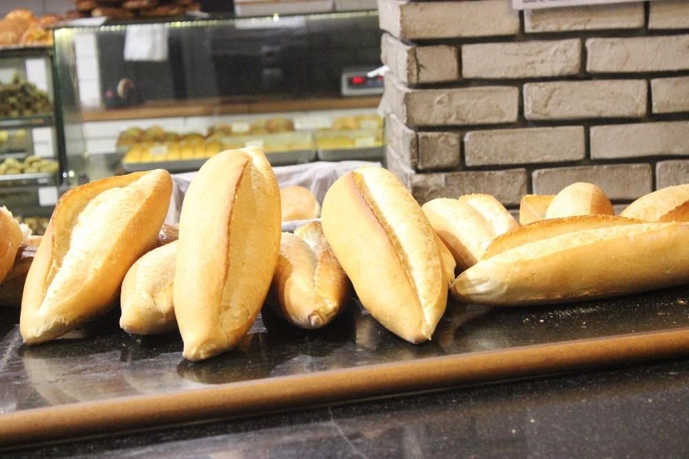 Erzincan'da ekmeğe zam