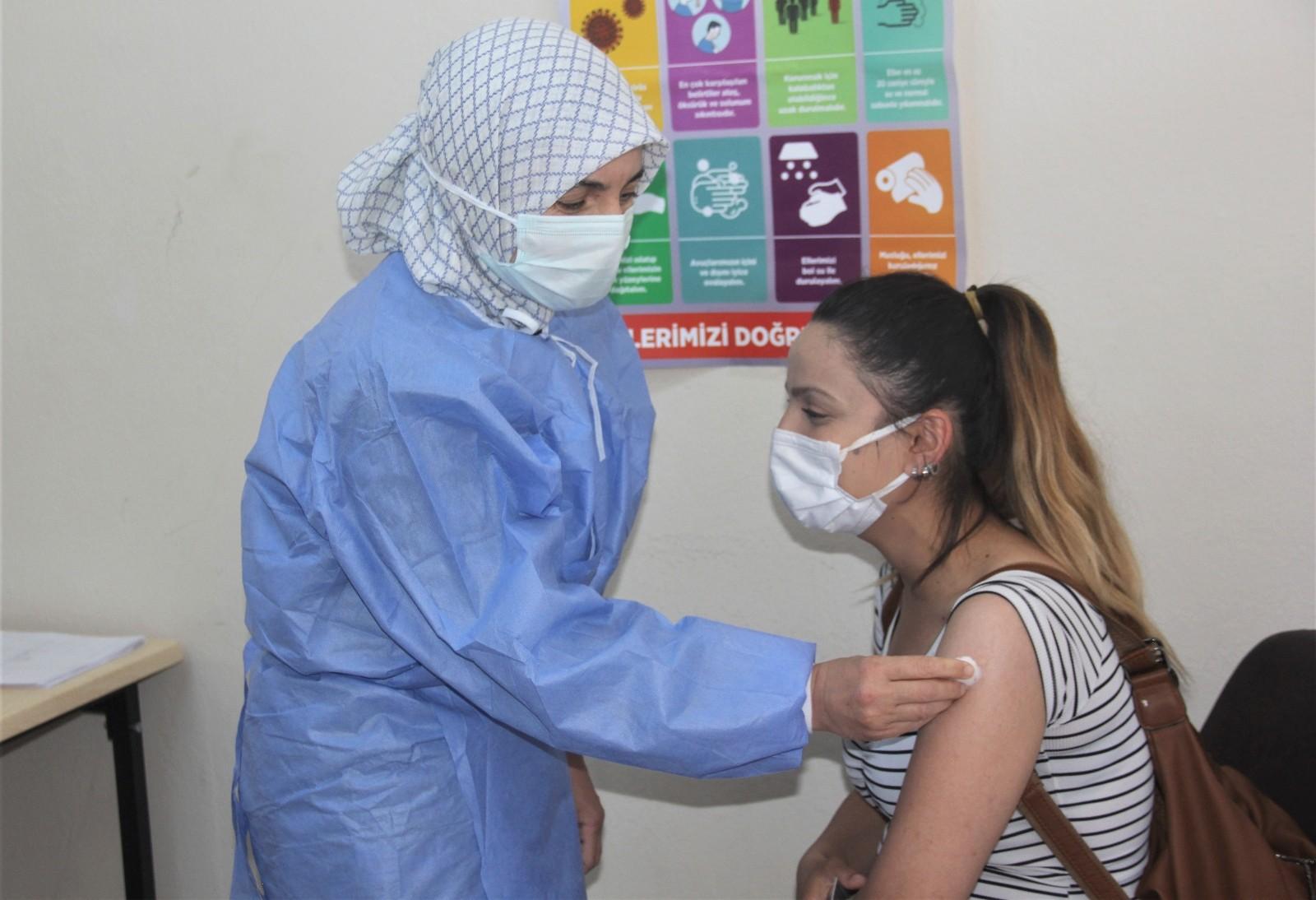 Erzincan OSB'de aşı işçilerin ayağına gitti
