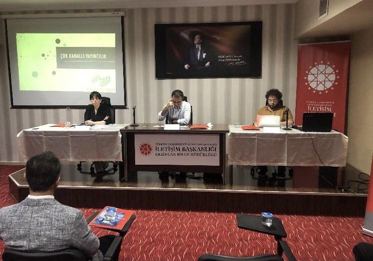 (Düzeltme) Erzincan'da yerel medya temsilcilerine 'çok kanallı yayıncılık' sunumu
