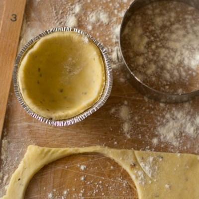 Hoe maak je hartig taartdeeg?