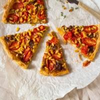 Recept hartige kaas tomaten pijnboompitten taart