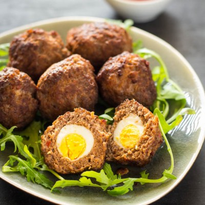 Recept mini Scottish eggs gehakt gevuld met kwartelei