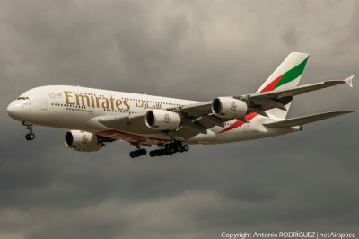 AIRBUS A380-2