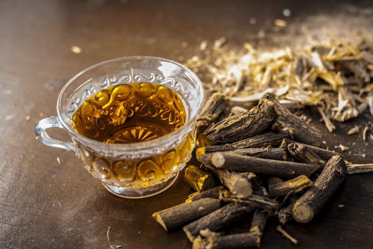 Tés Herbales Especiales Para El Asma y Mejorar La Respiración Té de regaliz (Glycyrrhiza glabra)