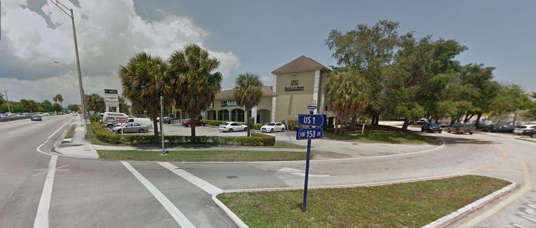 Cruce de US 1 y SW 158 en Palmetto Bay, Florida