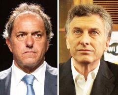 De acuerdo a la última encuesta hecha pública Daniel Scioli cuenta con el 33.4% de intención de voto para octubre, en tanto Mauricio Macri, 27.3%