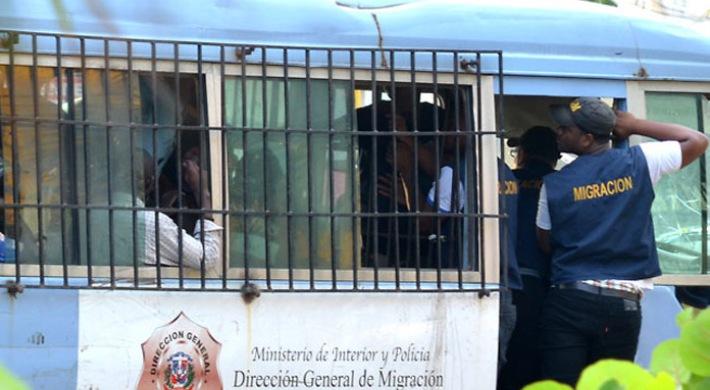 ft-haitianos-deportados-1