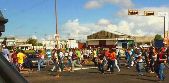 ft-saqueo-san-felix-venezuela