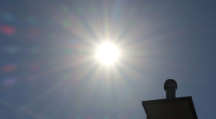 Znalezione obrazy dla zapytania słońce upał