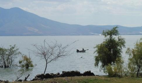 lakeshot&boat&pelican_ajijic