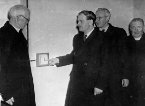 Switch on ceremony Kilmessan with L. to R. Very Rev. P. Norris P.P., Mr. Liam Cosgrave T.D., Senator P. Fitzsimons and Rev. J. White C.C. December 5th. 1949