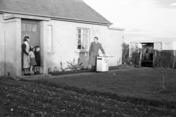 Electrifying rural Ireland, 26 January 1956