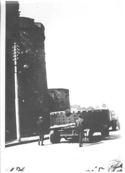 Transport of generator component past King John's Castle, May 1933