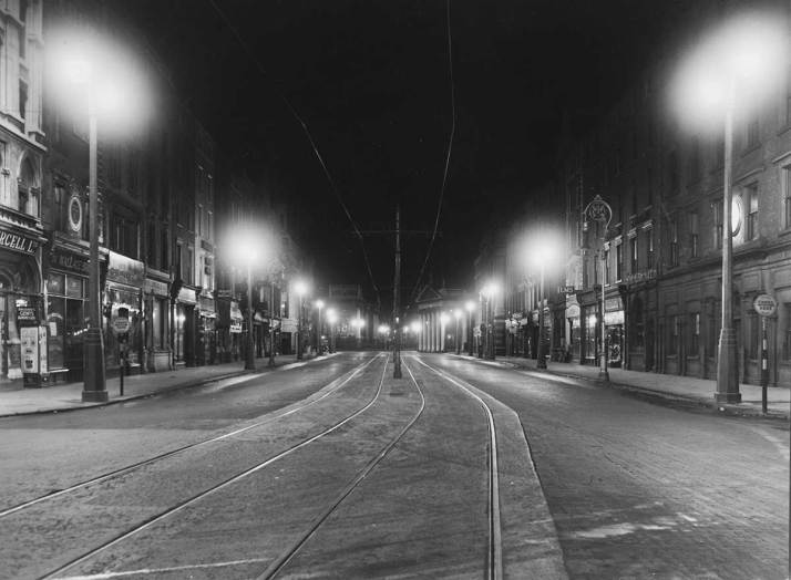 Westmoreland St from O'Connell Bridge 1938