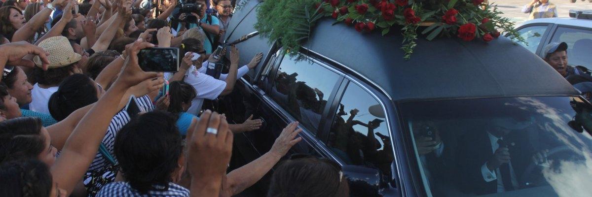 #AmorEterno: México despide a Juan Gabriel