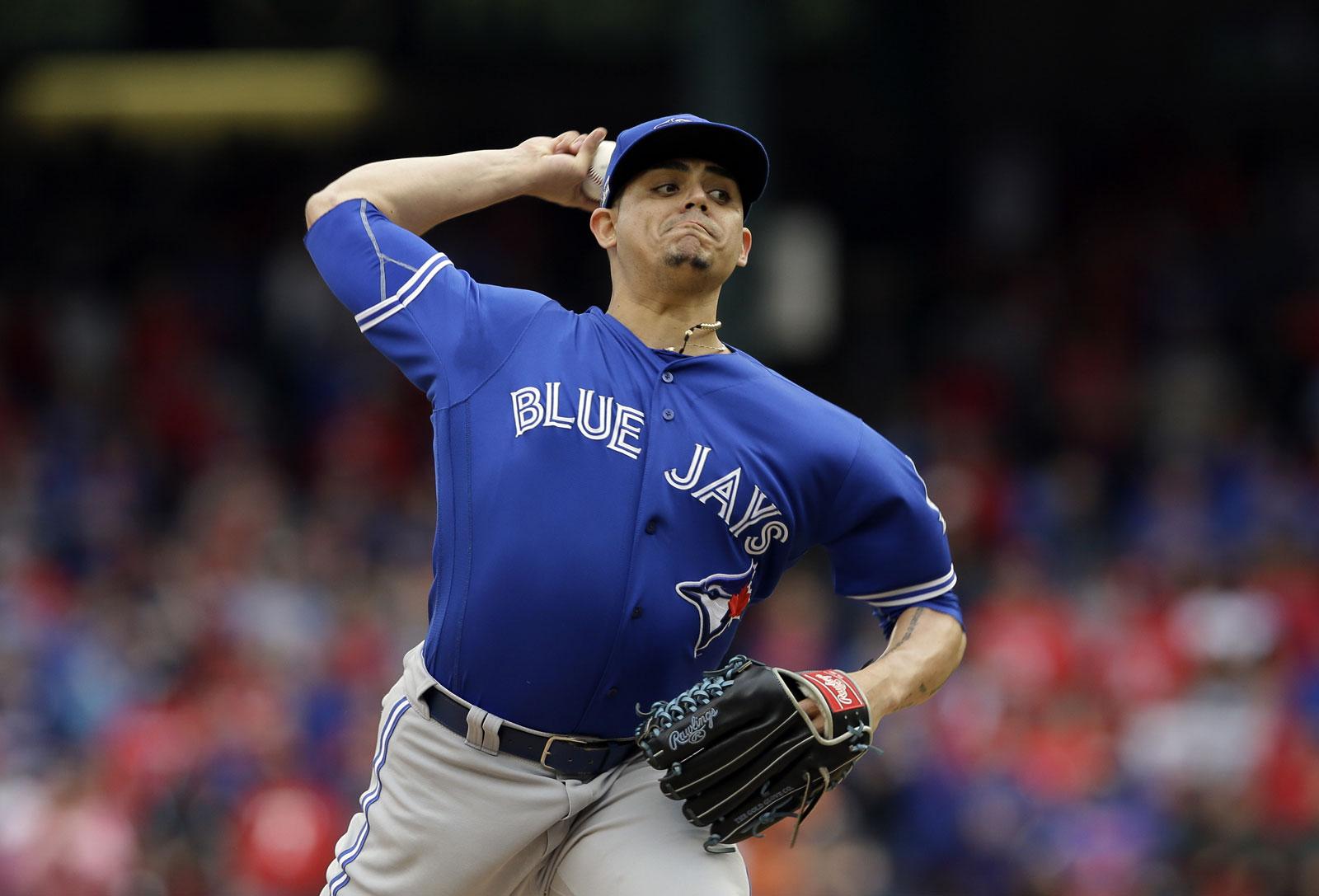 Roberto Osuna, pitcher de los Azulejos de Toronto