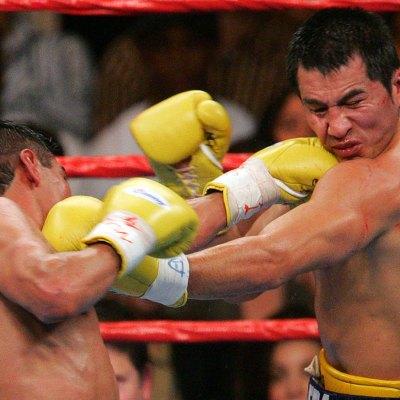 Marco Barrera vs Erik Morales