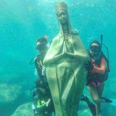 Virgen de Guadalupe en el mar de Acapulco