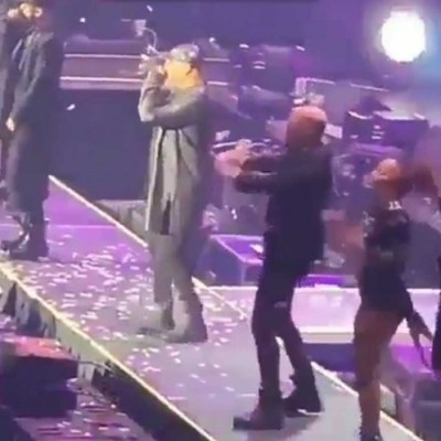Captan el momento de terrible caída del reguetonero Wisin en concierto (VIDEO)