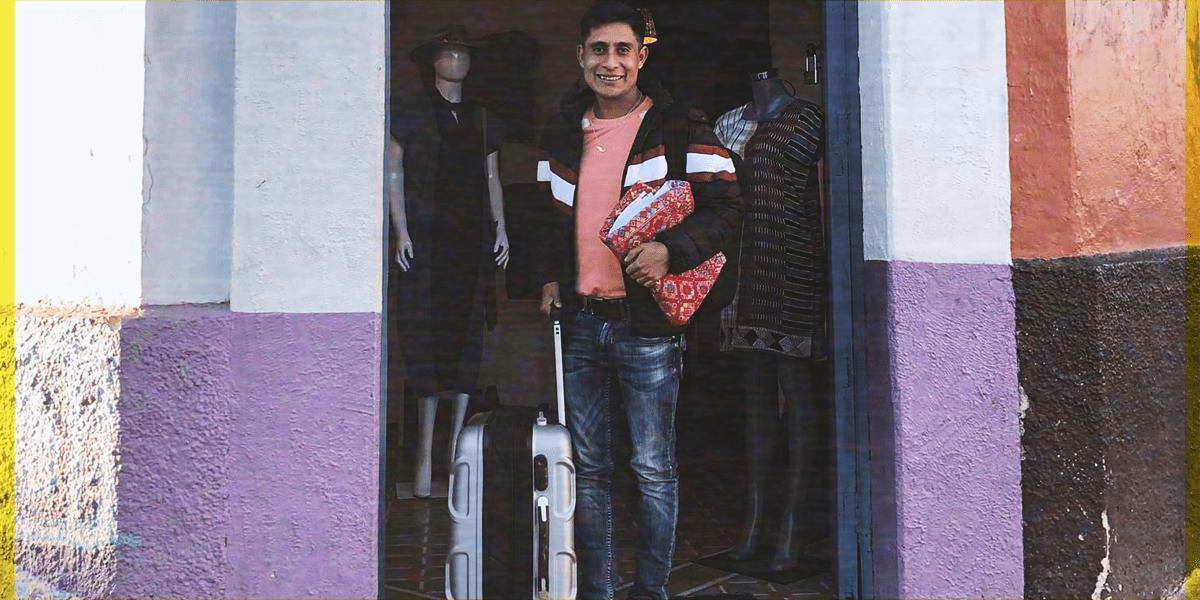Diseñador mexicano tsotsil denuncia que sus prendas podrían no llegar a NY