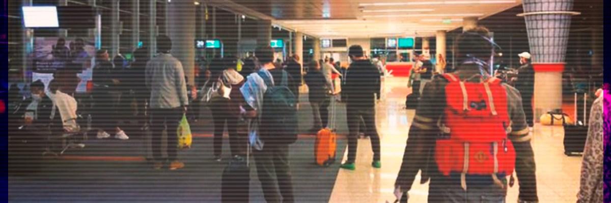 Llegan más mexicanos repatriados por pandemia del COVID-19