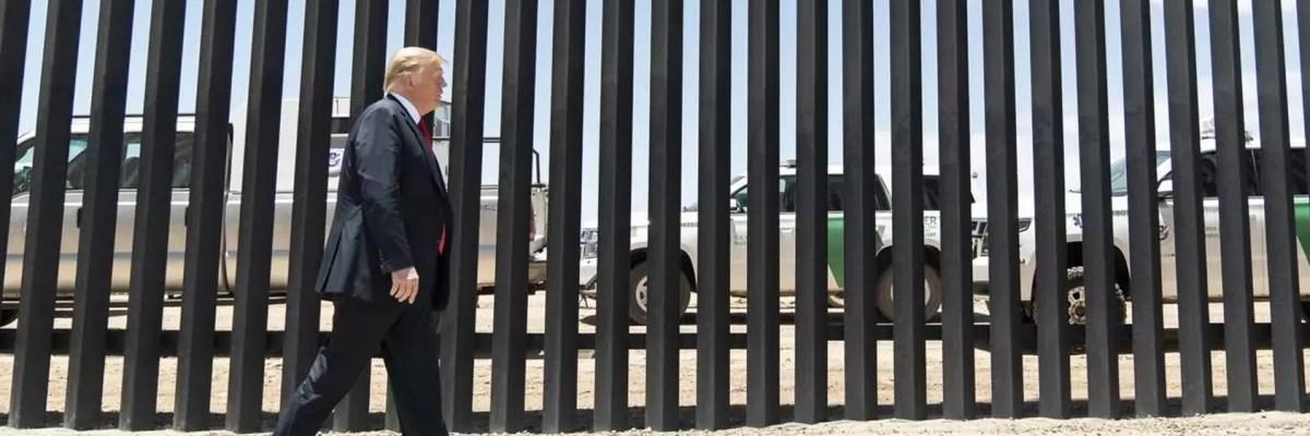 Trump asegura que el muro se sigue construyendo y que México lo está pagando