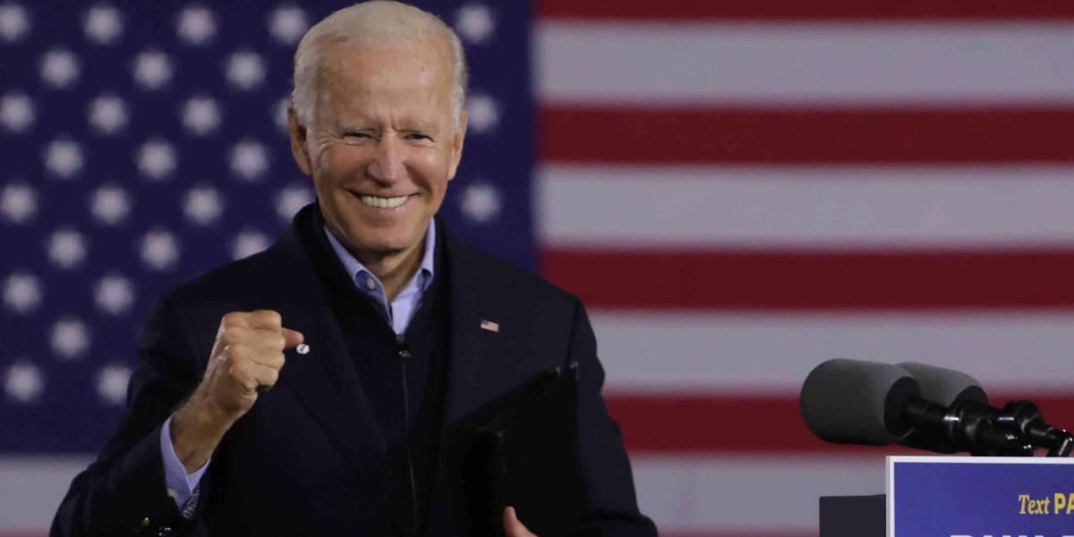 Biden, a 6 votos de convertirse en presidente de EU; Trump clama fraude