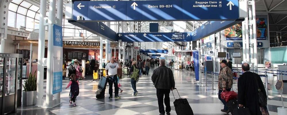 Hombre vivió escondido 3 meses en aeropuerto por temor al Covid-19