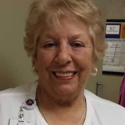Fallece enfermera que se negó a jubilarse para luchar contra el Covid-19