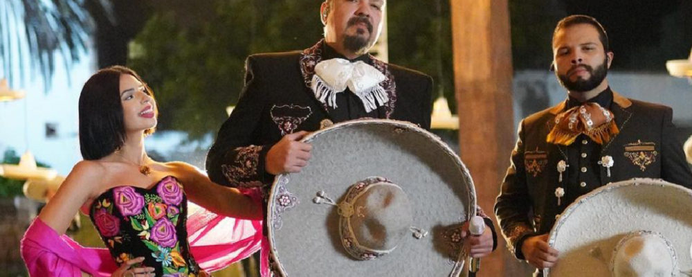 "Pepe Aguilar responde a los que lo acusan de ser un ""falso mexicano"""