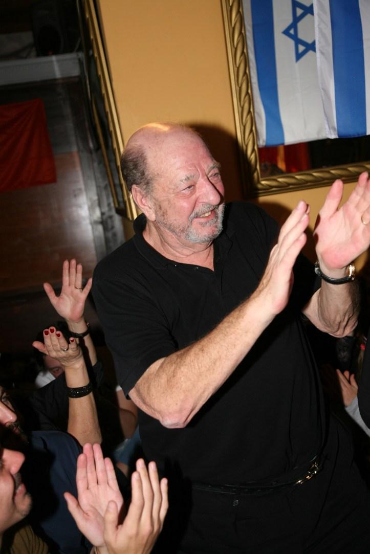 PR Photoset OGAE Germany Clubtreffen 2019 Muenchen - Ralph Siegel applaudiert für Ireen Sheer
