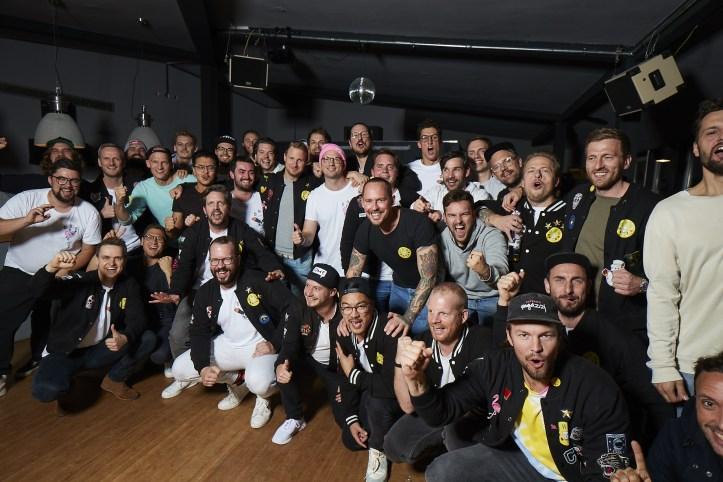 Die Hamburger Goldkehlchen 4 ESC 2020 Probe Gruppenfoto von rechts