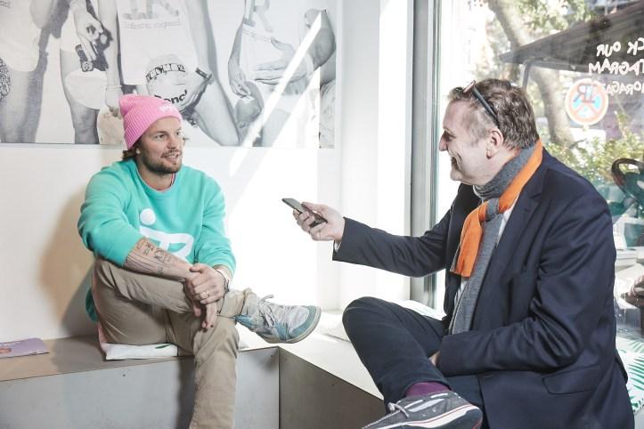 Hamburger Goldkehlchen Gruender Flemming Pinck im Interview mit ESC kompakt Blogger Peter