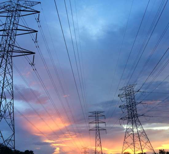 Derregullimi domosdoshmëri për liberalizimin në tregun e energjisë!