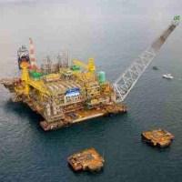 Com plano da Petrobras, Brasil passa China e EUA em reservas até 2020