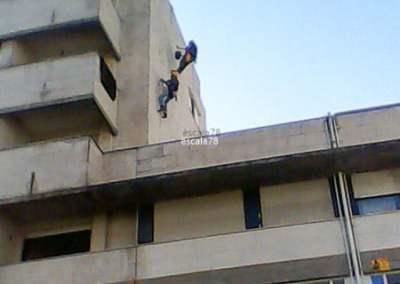 Guimarães | Aplicação de Hidrorepelente Antipluviolw da Mapei em fachada de edifício