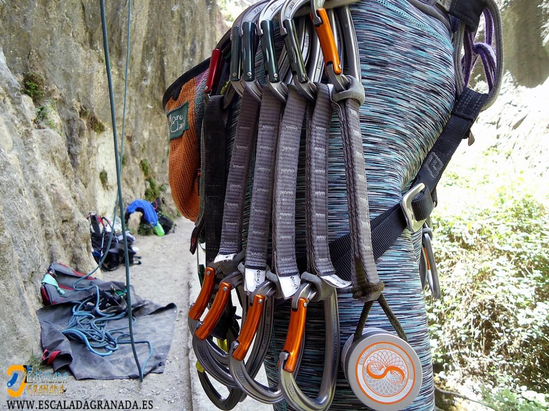 ¿Estais seguros de que tenéis todo el equipamiento para escalar?