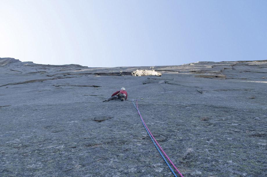 moltbaertinden-climbing-lofoten-09