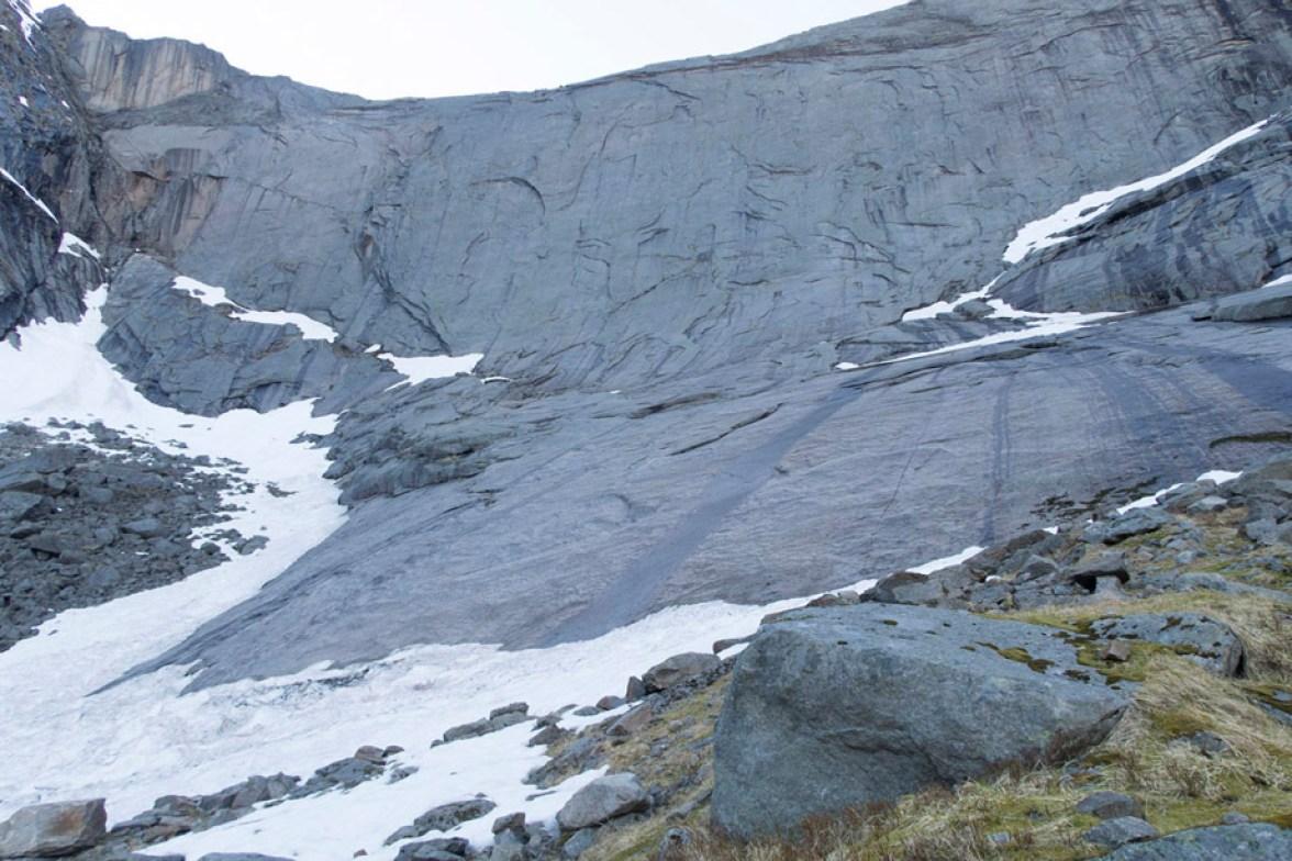 moltbaertinden-climbing-lofoten-10