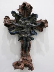 """FIGURA 234 - """"Crocifisso"""", escultura de Lucio Fontana (1948)"""