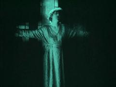 """FIGURA 50 - Still do filme """"J'Accuse"""", de Abel Gance (1919)"""